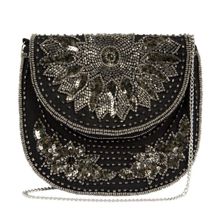 Bolsa bordada Camila Coutinho para Riachuelo | summer essentials collection party bag