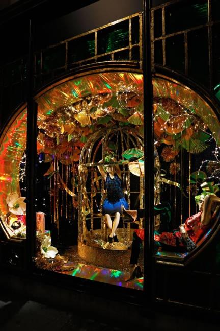 THE BEST 2012 HOLIDAY WINDOWS  Harvey Nichols Theme: Eastern Christmas