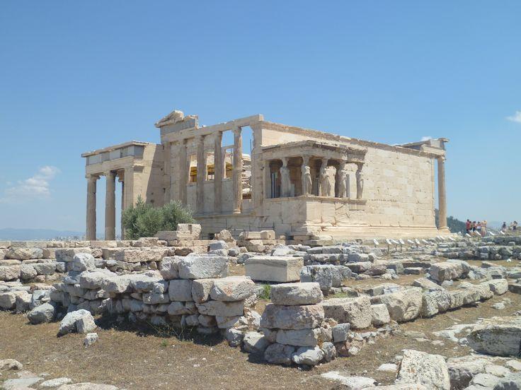 Eretteo; V secolo (421-404) a.C.; tempio prostilo esastilo ionico in marmo Pentelico; parte alta dell'acropoli. Il tempio fu realizzato dall'architetto Filocle.