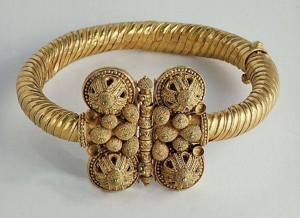 Islamic. Armlet, first half 11th century. The Metropolitan Museum of Art, New York. Harris Brisbane Dick Fund, 1957 (57.88a–c)