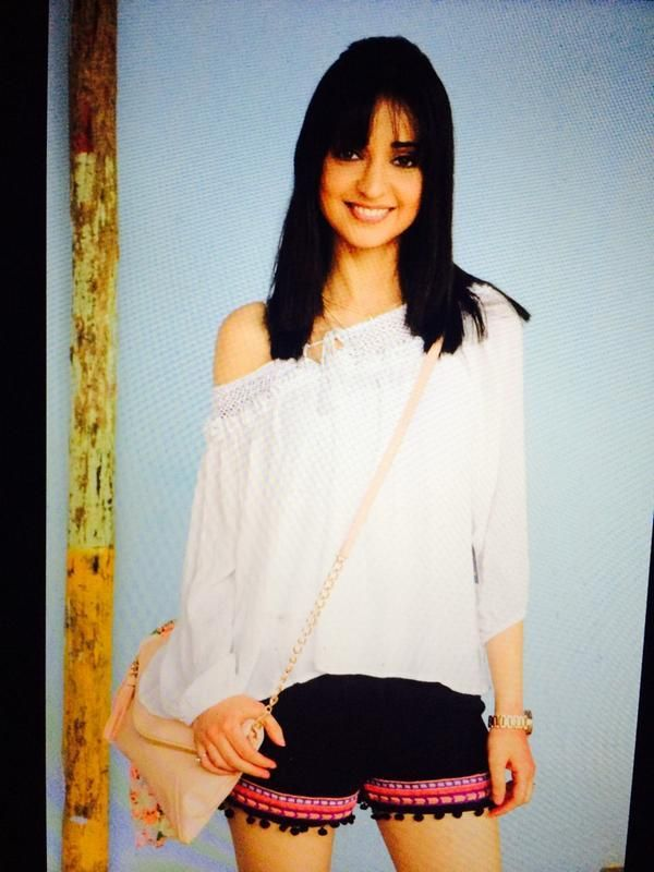 Here's how Sanaya Irani is going to look in 'Rangrasiya' soon! | PINKVILLA