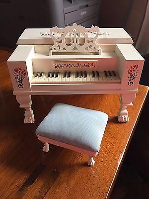 *Muffy vanderBear ~Spinet/Piano Music box plays ~One Minuet More~
