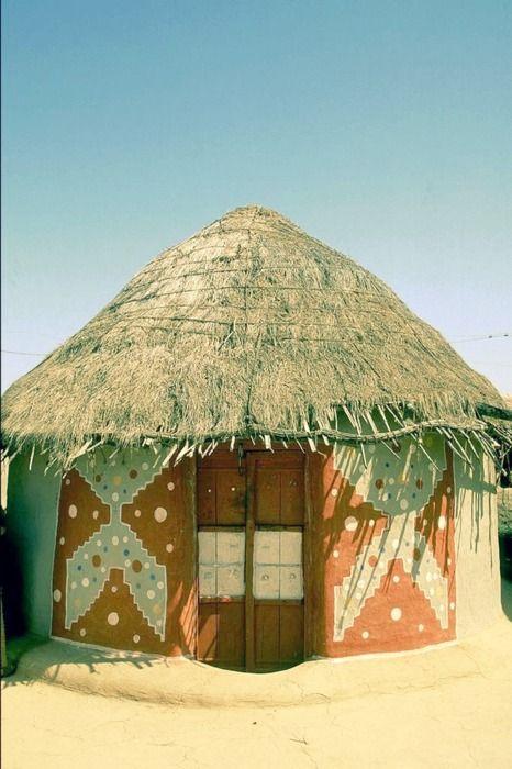 patterned hut: Fun Adventure, Beautiful Dig, My Dreams House, Afrika, Australia, Front Doors, Beautiful India, India Dreams, Dream Houses