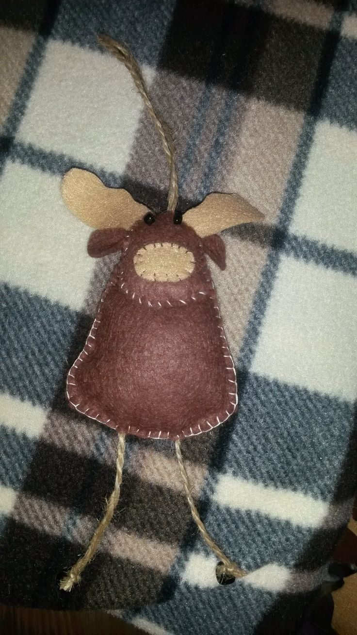 Felt Moose for the tree