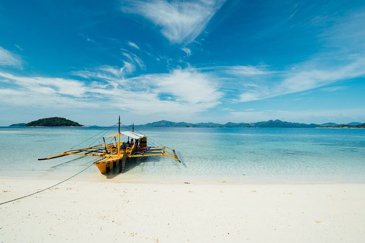 Coron Palawan images to inspire you to travel to this beautiful island paradise in the Philippines. Put it on your bucket list or forever be missing out!