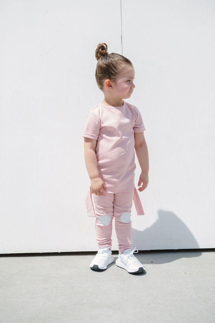 Girls Fashion - Pink Panel T-Shirt - Pink Circle Leggings - Blush girls outfit