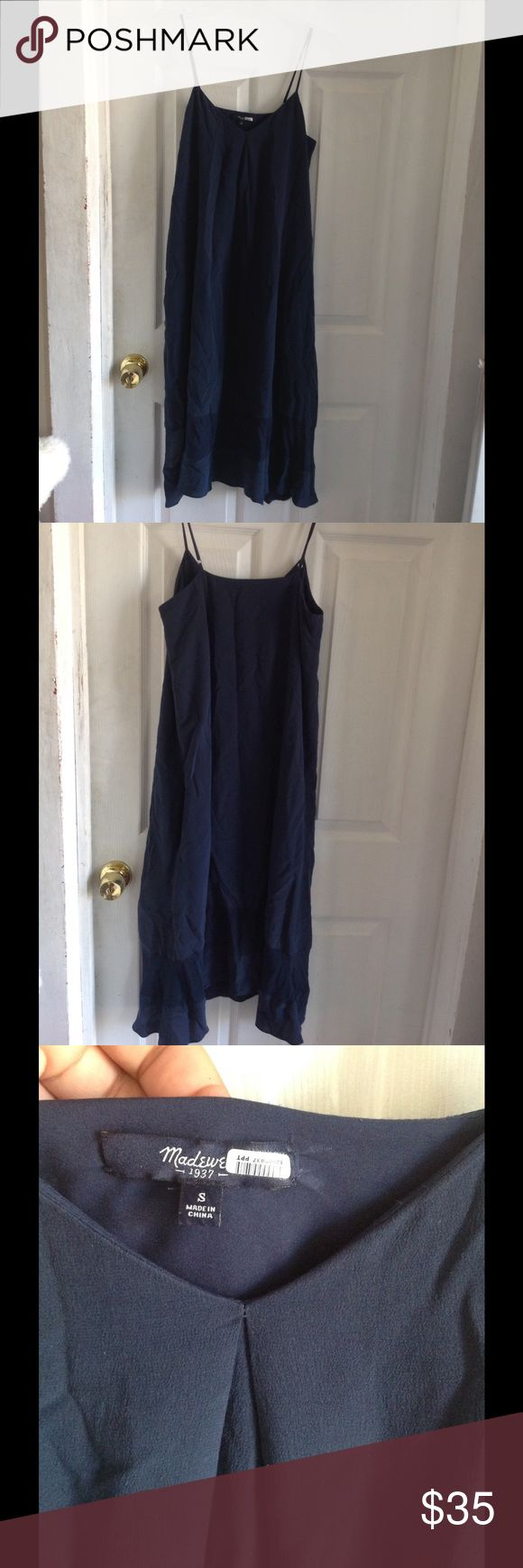 MADEWELL Dress Slip style dress. Very light. Used once. No flaws. Very Cute. 42 in long. Adjustable straps. Silk material. Madewell Dresses