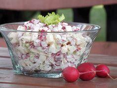 Sałatka z rzodkiewki, jabłka i selera naciowego - zdjęcie 2