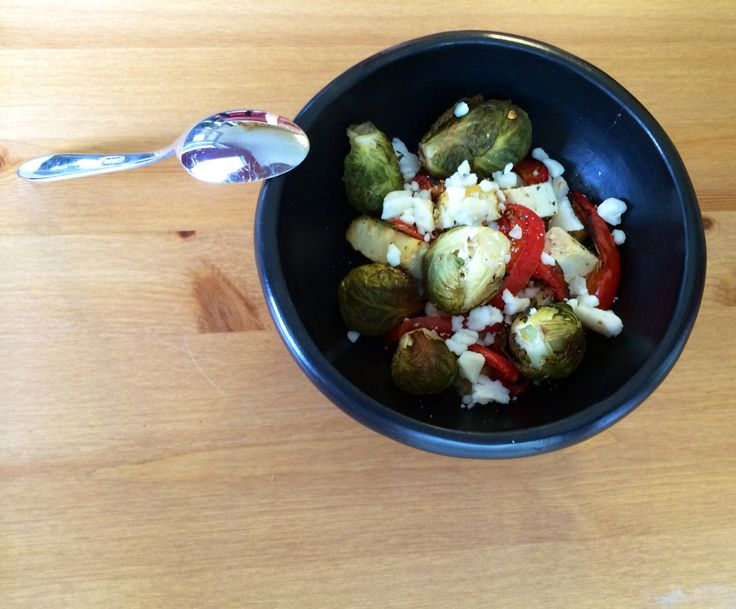 Go healthy, go clean. Tofu, sprouts, red peppers, olive oil and feta cheese. In my cute salad bowl from Cultura Living.