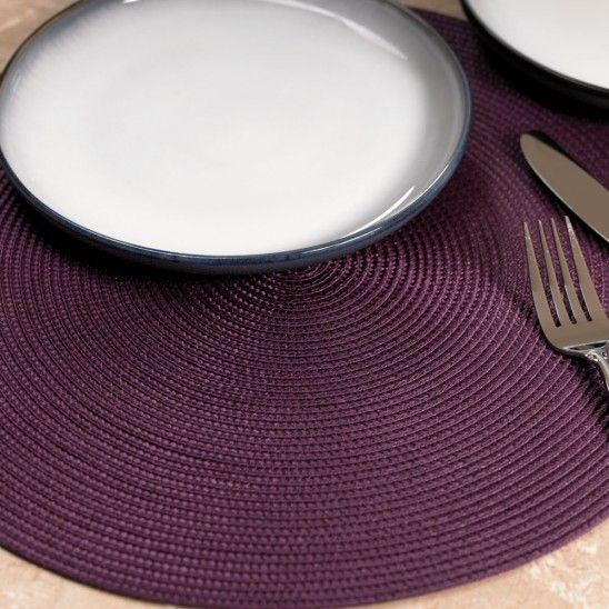 This Stylish Pvc Round Placemat Collection Offers A Great Look To Your Table And Many Diffe Types Of Dinnerware