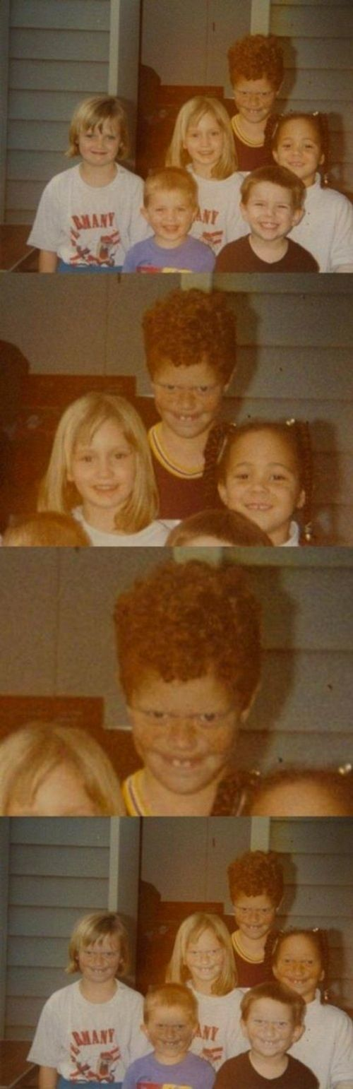 The Creepy Ginger Photobomb - 22 best photo bombs, SOO funny !