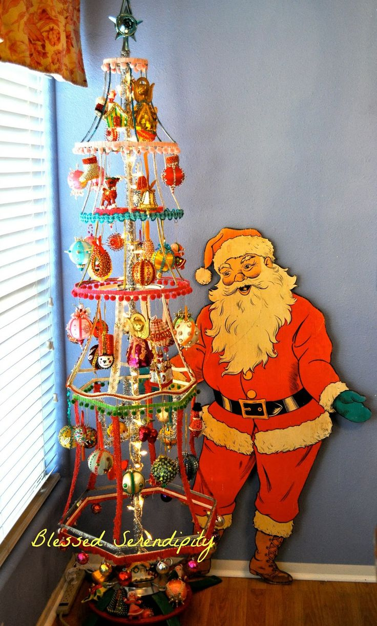 Blessed Serendipity: Lampshade Christmas Tree