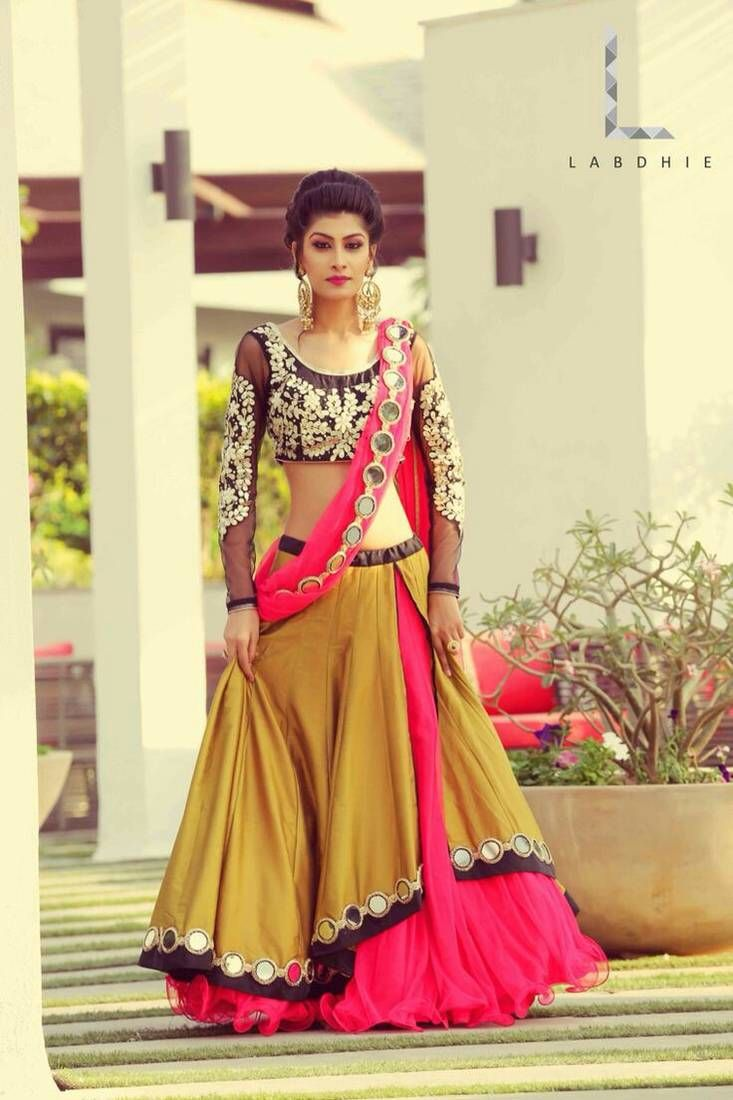 Shop Lengha Choli Online from Mirraw.com