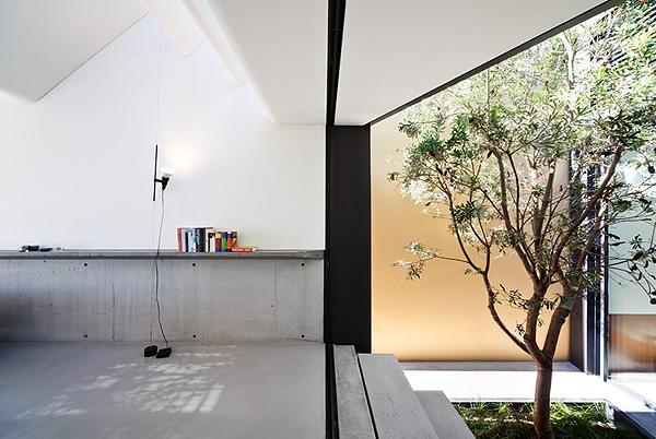 Skylight House by Chenchow Little Architects, Australia