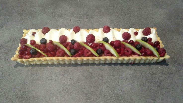 Tarte fruits rouges chantilly
