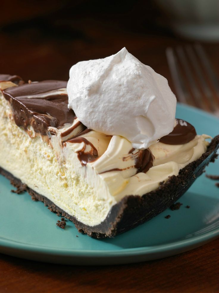 No-Melt Sundae Pie -- Pull this dessert out of the freezer on a hot day for a super-cool, creamy treat with chocolate cookie crust and chocolate drizzles...minus the drip.