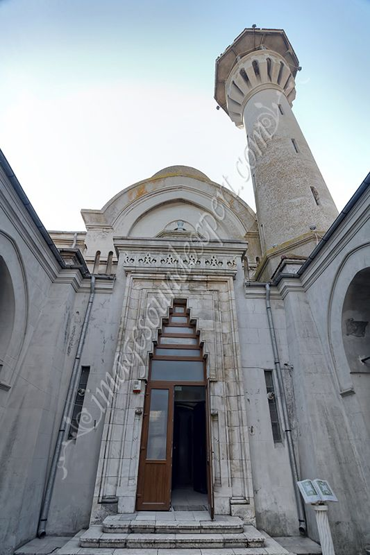 intrare in moscheea Carol I,  Carol I Mosque entrance,  Carol I Mosque Eingang, Carol I entrée de la mosquée,