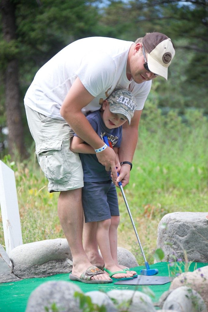 Mini golf #FairmontHotSpringsResort #BCRockiesAdventures #adventure #minigolf #golf #family #fun #outdoor #activities #basecamp