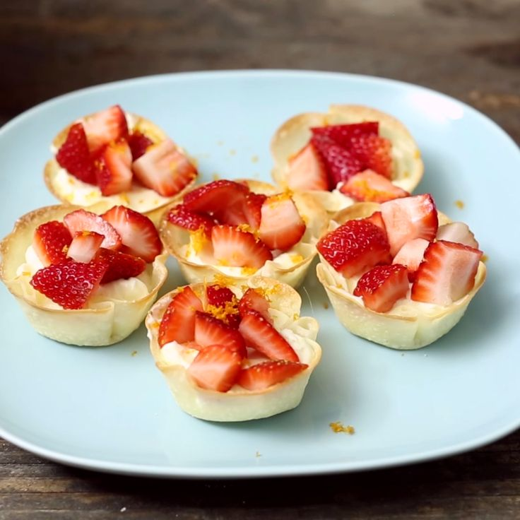 Simple Dimple Bite-Sized Strawberry Cheesecakes with a Wonton Crunch!