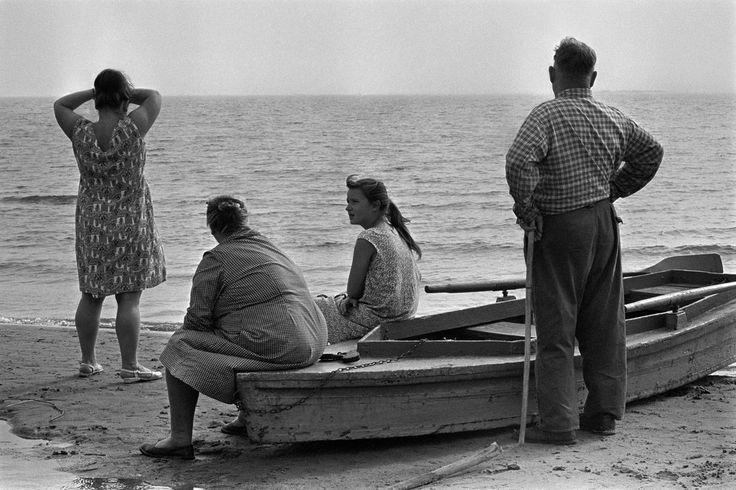 Constantine Manos -. Russia. 1965.
