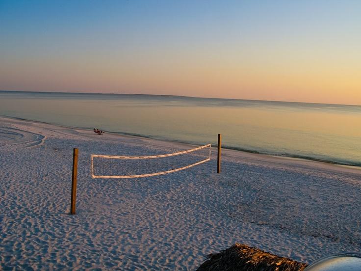 Mexico Beach... Volley...