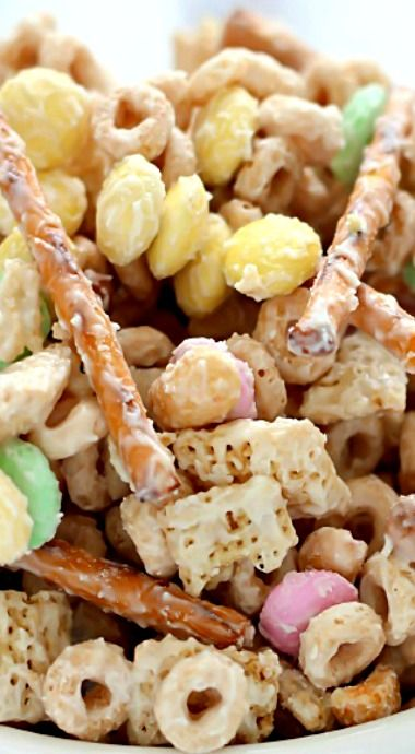 Bunny Bait (Easter Snack Mix)