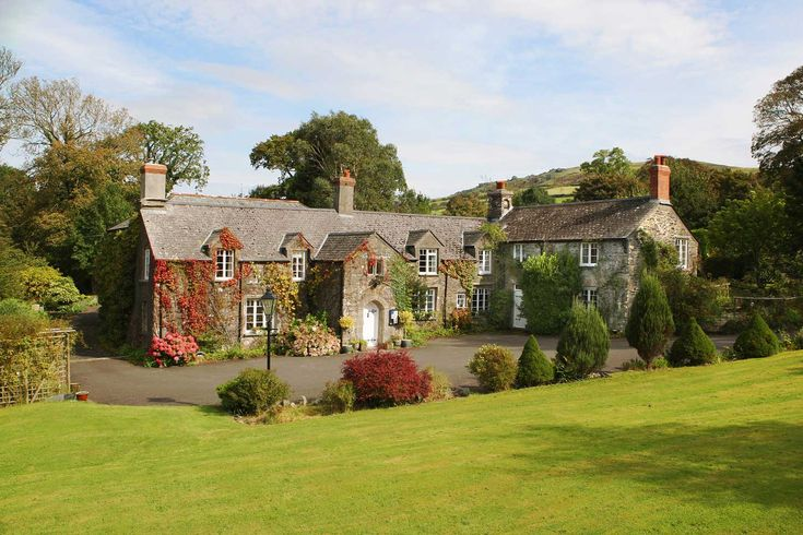Luxury Short Breaks, Luxury Hotels Devon, Country House Hotel Devon, Wedding Venues - CollavenManor Hotel & Restaurant