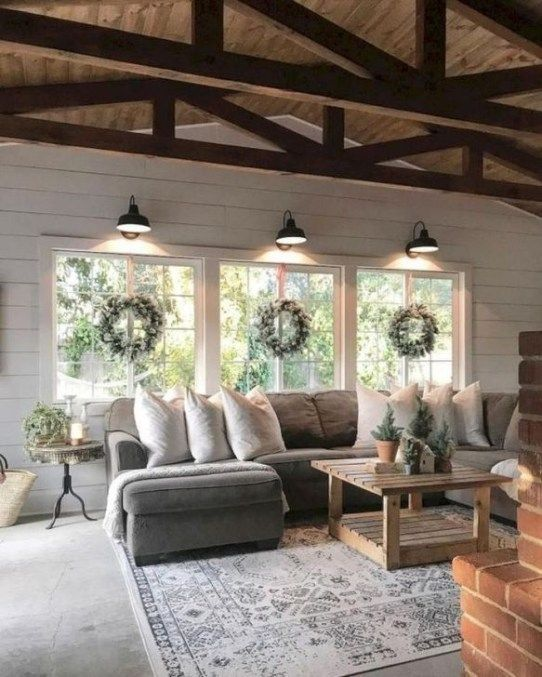 Classy Modern Farmhouse Home Decor Ideas 23
