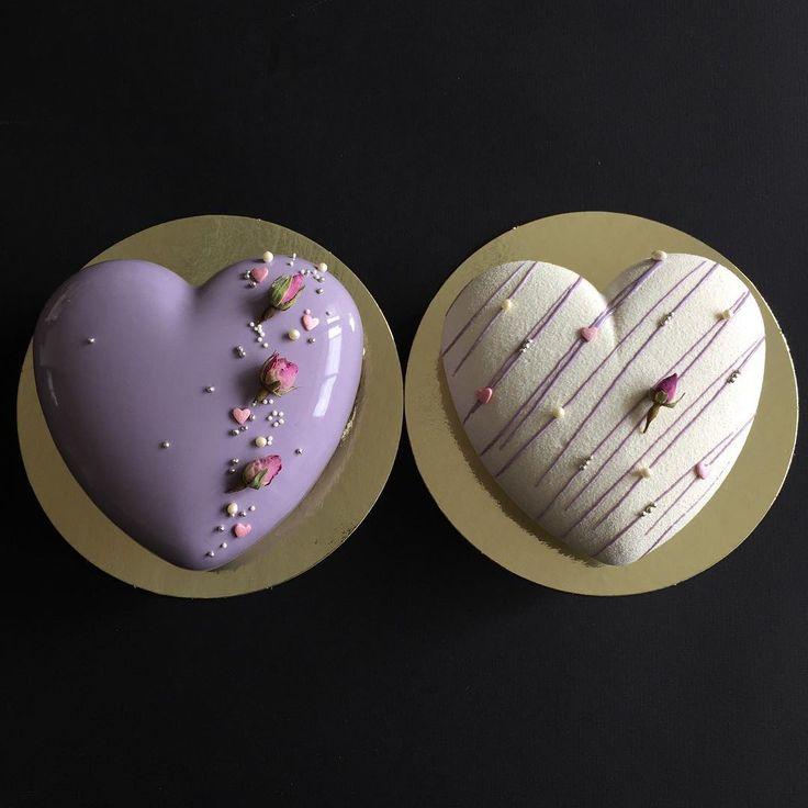 Доброе утро, Друзья!! ☀️ по доброй традиции на сегодня-завтра есть свободные тортики и пирожные.  Сердца на фото уже нашли своего ценителя европейского десерта кому таких же вкусных и красивых?!!☝️ пишите и звоните  89090703010