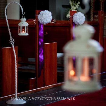 dekoracja kościoła kule kwiatowe lampiony