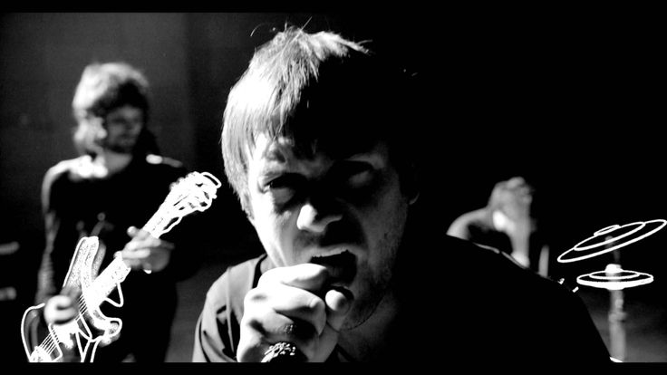 'Days Are Forgotten' is the first single from Kasabian's fourth studio album, 'Velociraptor!'. Get your copy here http://www.smarturl.it/daysareforgotten Mus...
