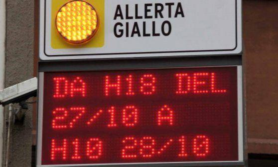 Offerte lavoro Genova  E' il livello di grado più basso  #Liguria #Genova #operatori #animatori #rappresentanti #tecnico #informatico Piogge e temporali allerta gialla dalle 22 alle 17 di sabato