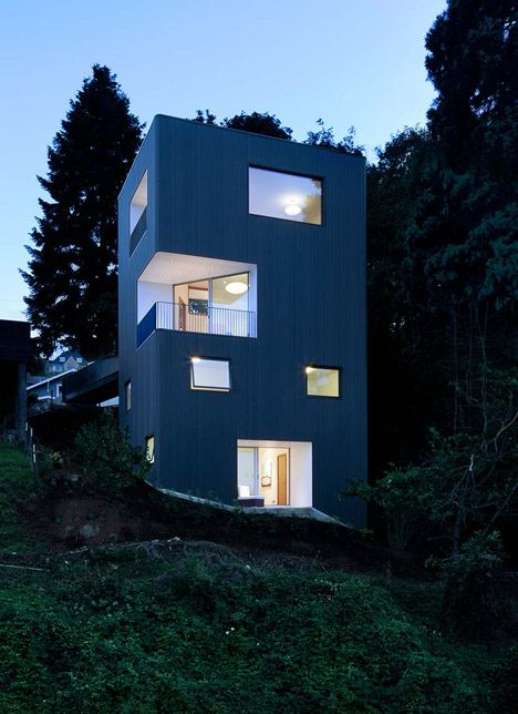 "Ben Waechter's Tower House Makes The Most Of An ""unbuildable"" Portland Hillside   Decor10 Blog"