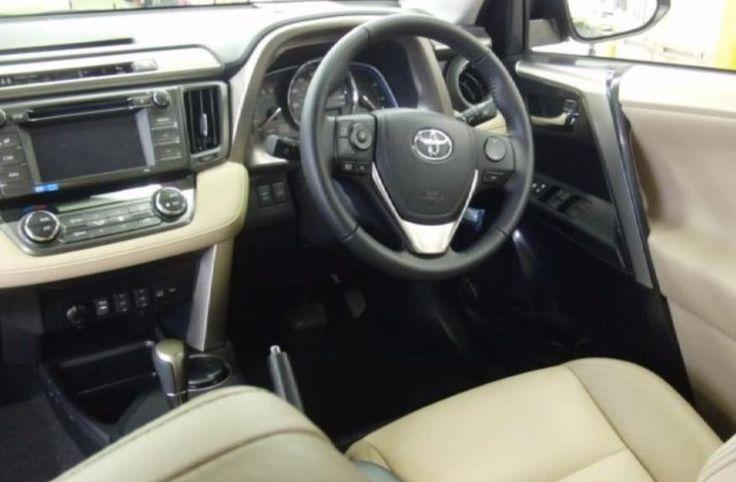 2013 Toyota RAV4 http://www.erniepalmertoyota.com/specs-Jacksonville-2013-Toyota-RAV4-LE-50031520121218