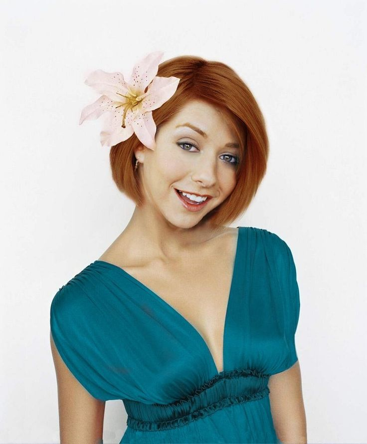 Alyson Hannigan (born March 24, 1974) is an American actress. She is best known for her roles as Willow Rosenberg in the television series Buffy the Vampire Slayer (1997–2003), Lily Aldrin on the CBS sitcom How I Met Your Mother (2005–present) and Michelle Flaherty in the American Pie film series (1999–present). Happy Birthday #Celebrity #Birthdays #Hollywood