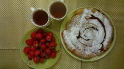 клубничный пирог  #пирог #вишня #еда #вкусно #рецепты