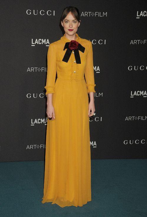 Dakota Johnson en robe Gucci collection croisière 2016