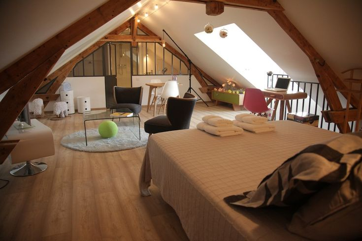 project bb Chez Ric et Fer in picardie northern france aisne coucy le chateau 21 Charming Attic Guest Room at Chez Ric et Fer Bed&Breakfast ...