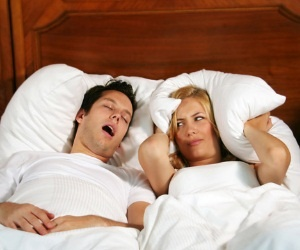 Is your Snoring creating a problem for you? Does your wife complain about your snoring? Is your snoring or your wife's ruining your marriage?  Try this: http://stopsnoringwithzyppah.blogspot.com/
