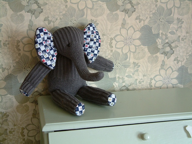 Sock Elephant Pattern | sock elephant with cotton feet and ear linings ... | Flickr - Photo ...