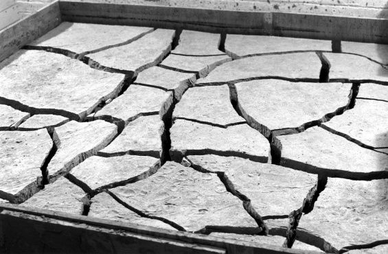 """""""Ends of the Earth: Land Art to 1974,"""" Los Angeles :: New Museum"""