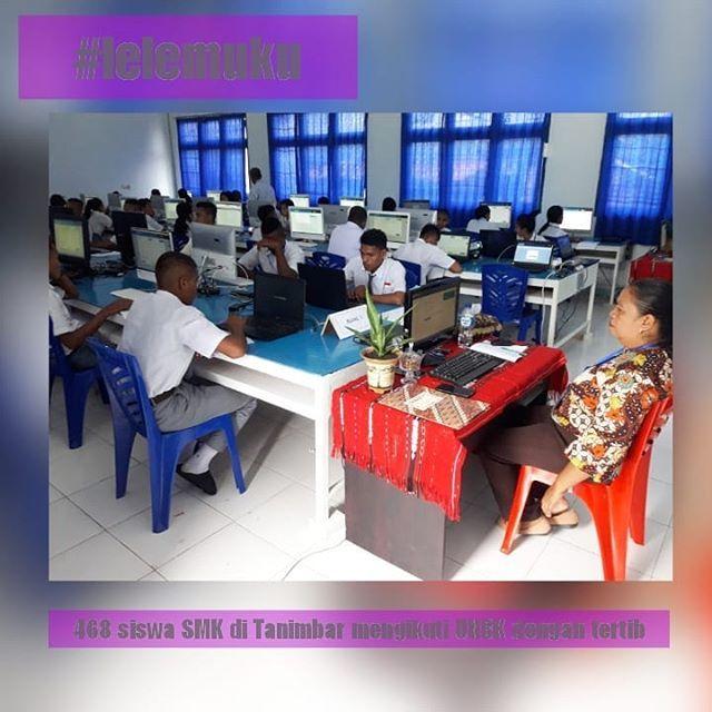 Saumlaki Lelemuku Com Sebanyak 468 Siswa Di Kabupaten Kepulauantanimbar Provinsi Maluku Mengikuti Pelaksanaan Ujian Nasi Home Decor Instagram Standing Desk