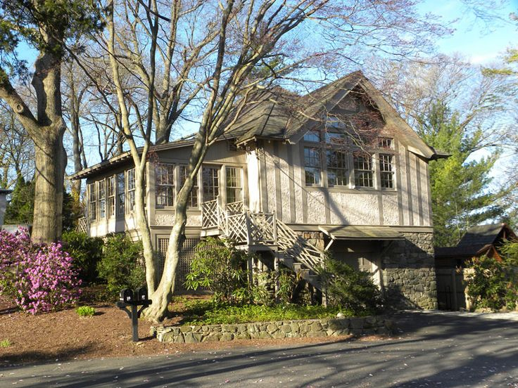 Find this home on Darien, Real estate