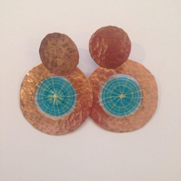 Aros cobre, pin de plata y crin
