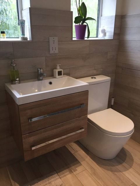 Sutton Coldfield uses a wooden theme#bathroom #bathroomdecorating