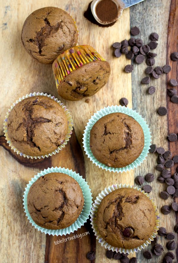 Hmmm... doces cafeinados! Espresso Chocolate Chip Muffins from @Julie Forrest Forrest Forrest Forrest {Table for Two}