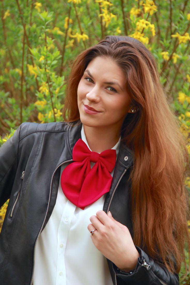 #bowtie #bowtiesarecool #fashionstyle #fashiontrends #handmade #bowsbyvaniaszasz
