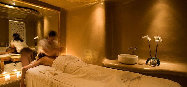 The Cavo Tagoo Golden Spa in Mykonos www.mediteranique.com/hotels-greece/mykonos/cavo-tagoo/