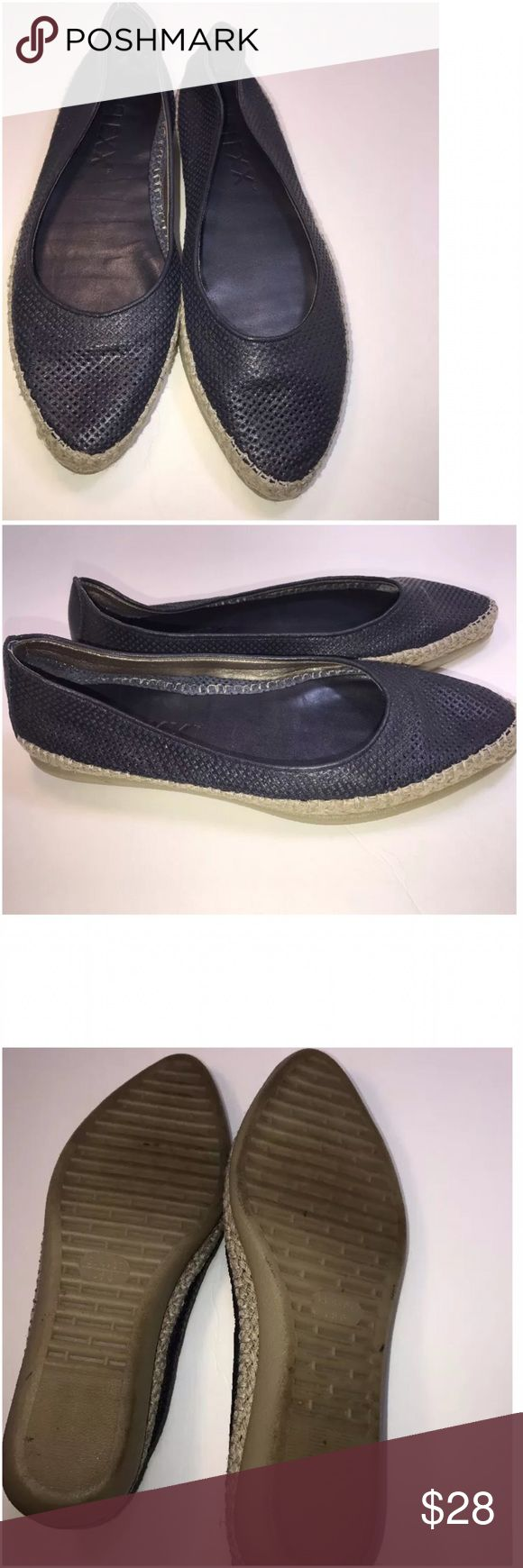 The Flexx Black Espadrille Casual Flats Sz 6 Listing if for a Women's The Flexx Black Espadrille Casual Flats US Size 6 (37).  They are in great condition with no flaws. The Flexx Shoes Espadrilles