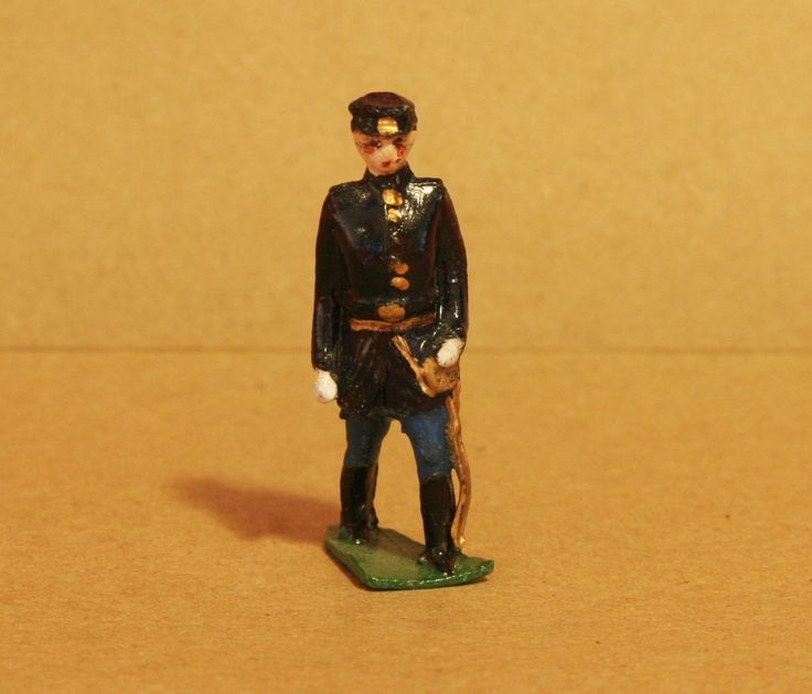 """VINTAGE BRITAINS TOY SOLDIERS - NAVY - 100% ORIGINAL FIGURE - Q 263 Seller information collectiful_classics (12092 ) 99.8% Positive feedback IN THIS SALE: VINTAGE BRITAINS TOY SOLDIERS - NAVY - 100% ORIGINAL FIGURE  MAKE IS BRITIANS  FIGURE IS ABOUT 2"""" TALL  (NOT A NEW REPRODUCTION CAST, THIS IS A VINTAGE TOY"""